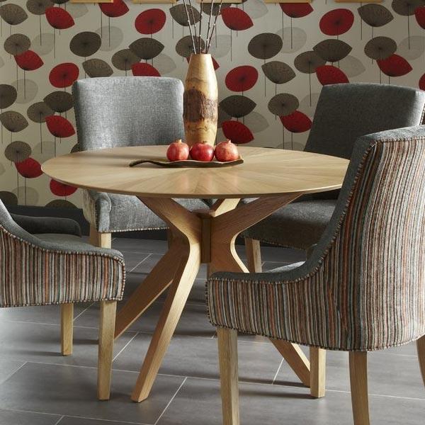 Leucas-Dining-Table